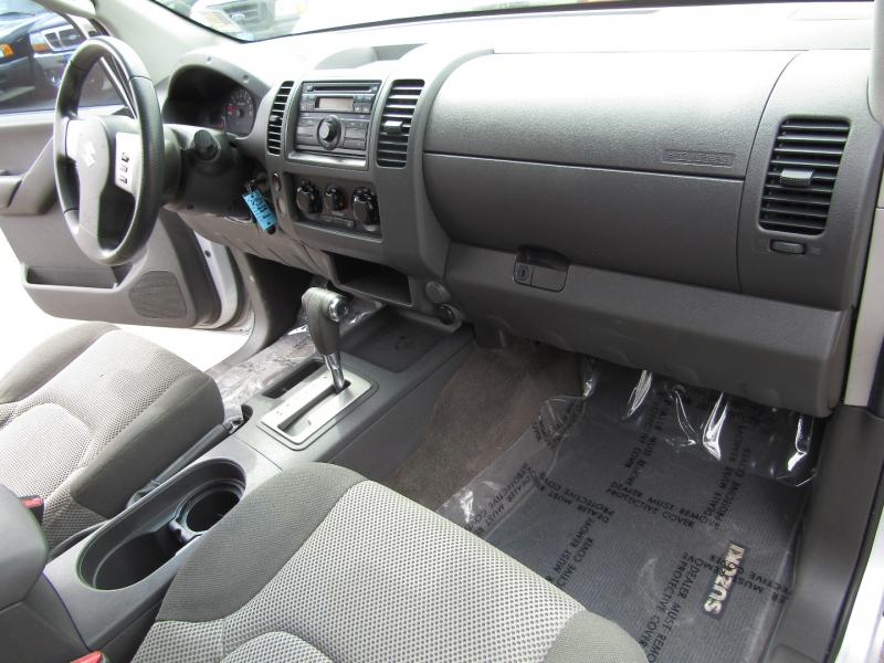 Suzuki Equator 2009 price $9,977