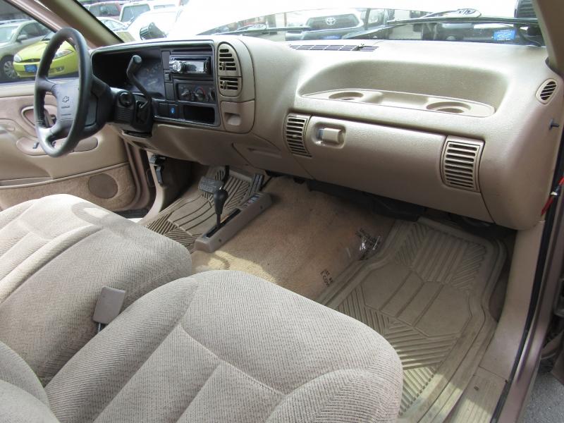 Chevrolet Silverado 1500 1995 price $6,977