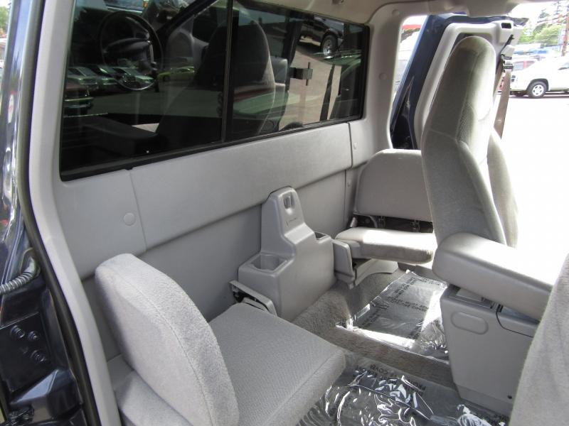 Ford Ranger 2000 price $8,977