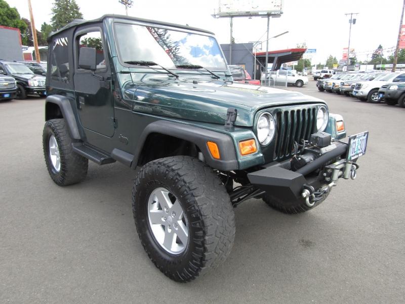 Jeep Wrangler 2001 price $10,777