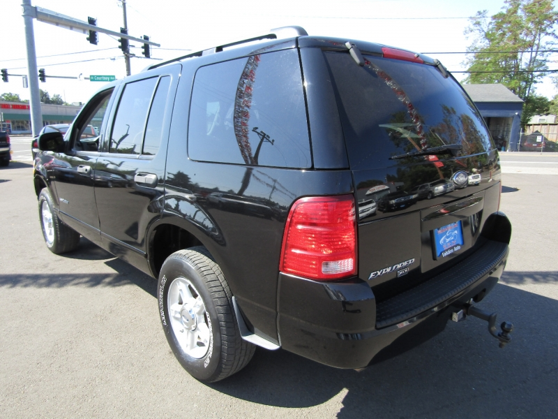 Ford Explorer 2004 price $4,977