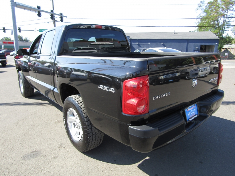 Dodge Dakota 2011 price $17,977