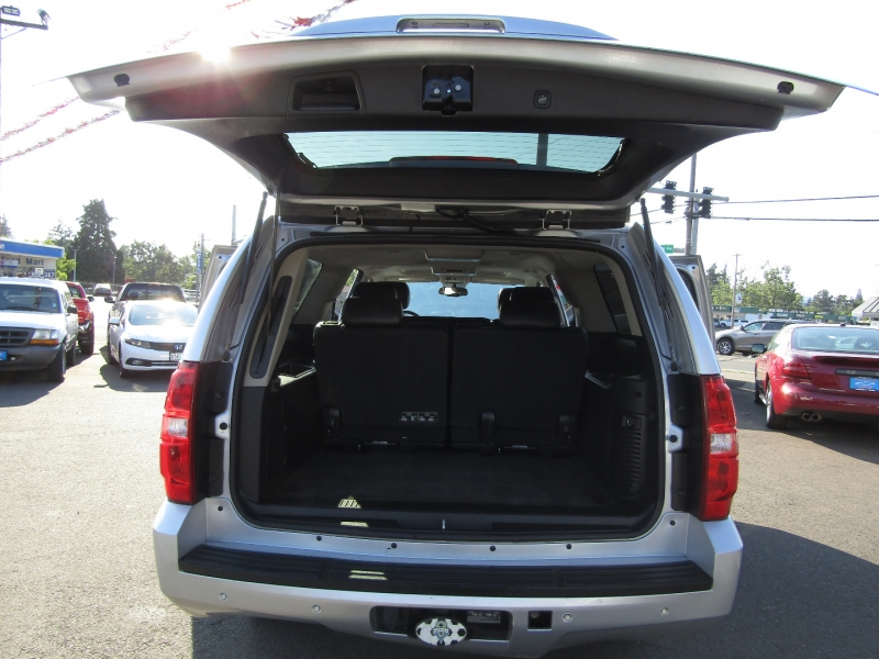 Chevrolet Suburban 2013 price $13,477