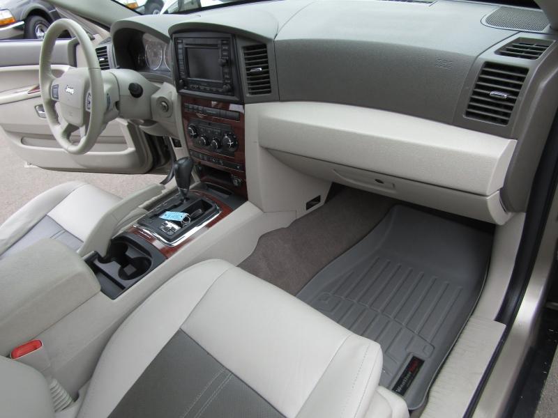 Jeep Grand Cherokee 2005 price $9,977