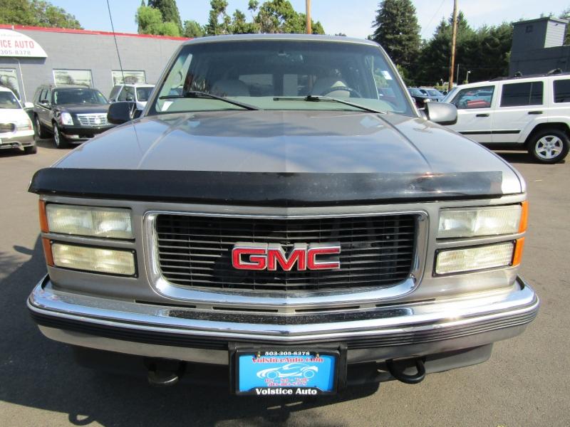 GMC Suburban 1999 price $8,977