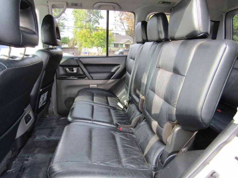 Mitsubishi Montero 2003 price $4,977