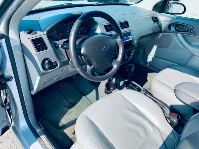 Ford Focus 2005 price $2,500