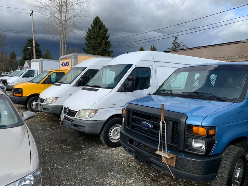 GMC Savana Cargo Van 2010 price $10,900