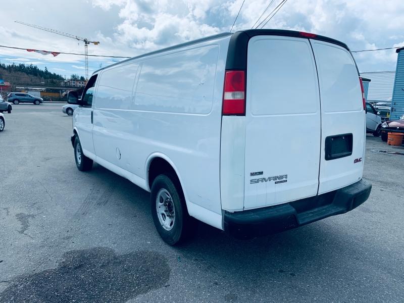GMC Savana Cargo Van 2011 price $11,900