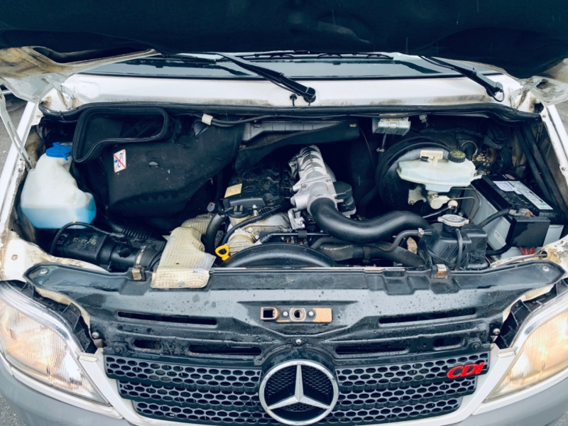 Mercedes-Benz Sprinter 2003 price $14,900