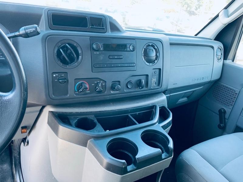 Ford Econoline Cargo Van 2010 price $11,900