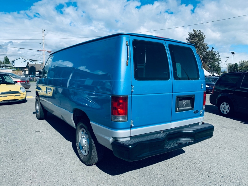 Ford Econoline Cargo Van 2010 price $11,500