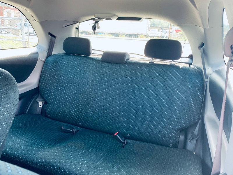 Toyota Yaris 2007 price $5,900