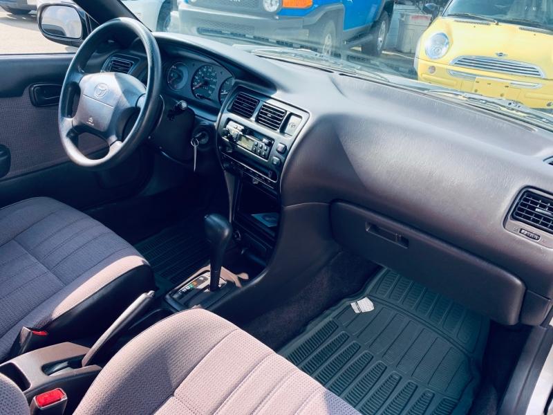 Toyota Corolla 1995 price $2,900
