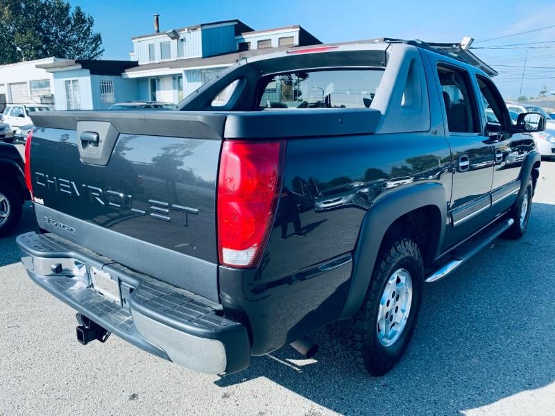 Chevrolet Avalanche 2005 price $6,900