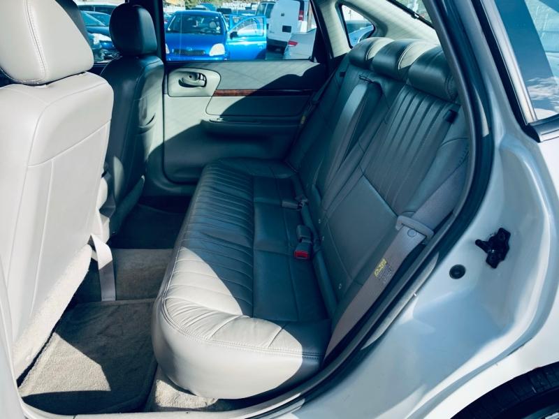 Chevrolet Impala 2004 price $2,500