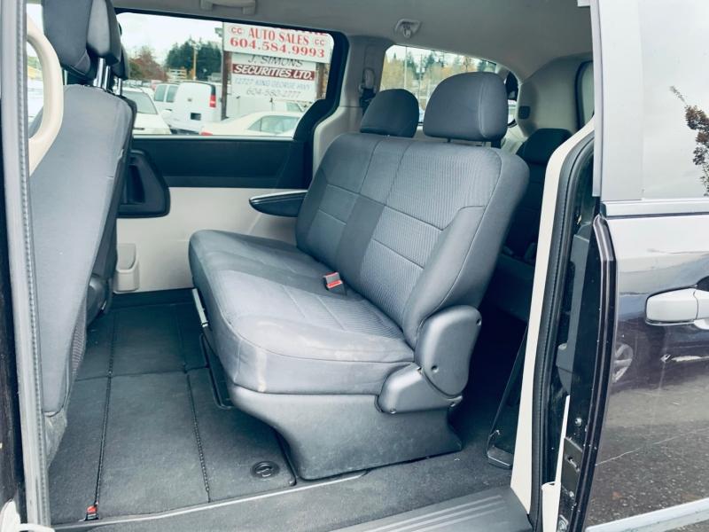Dodge Grand Caravan 2010 price $5,900