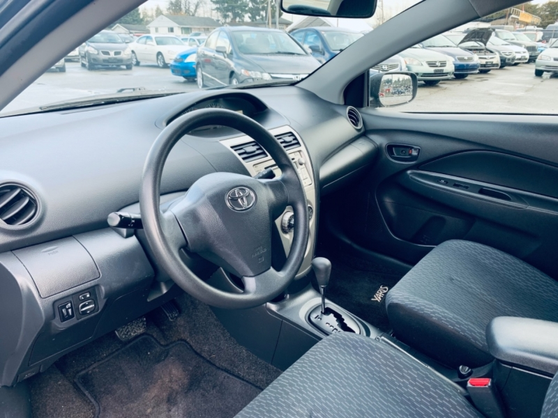 Toyota Yaris 2009 price $7,900