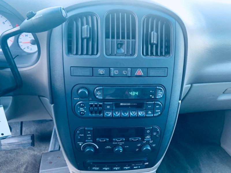 Dodge Grand Caravan 2002 price $3,900