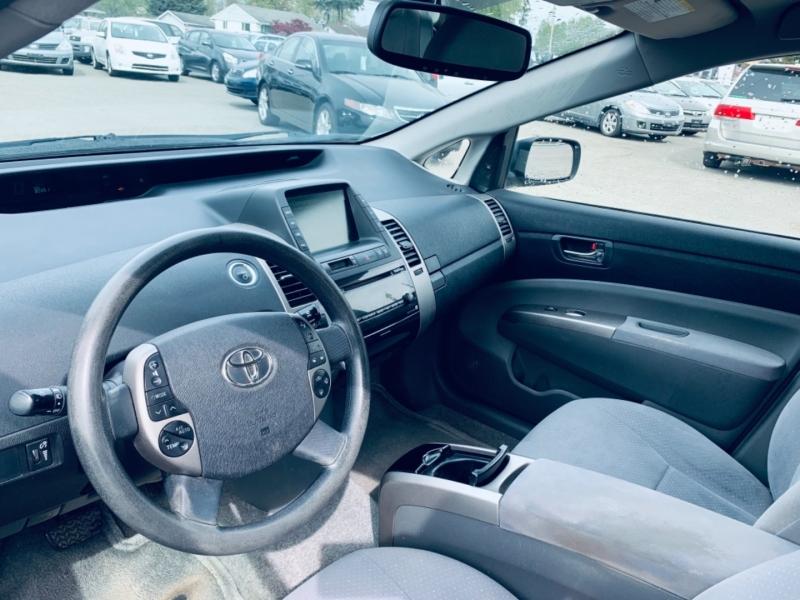 Toyota Prius 2006 price $8,900