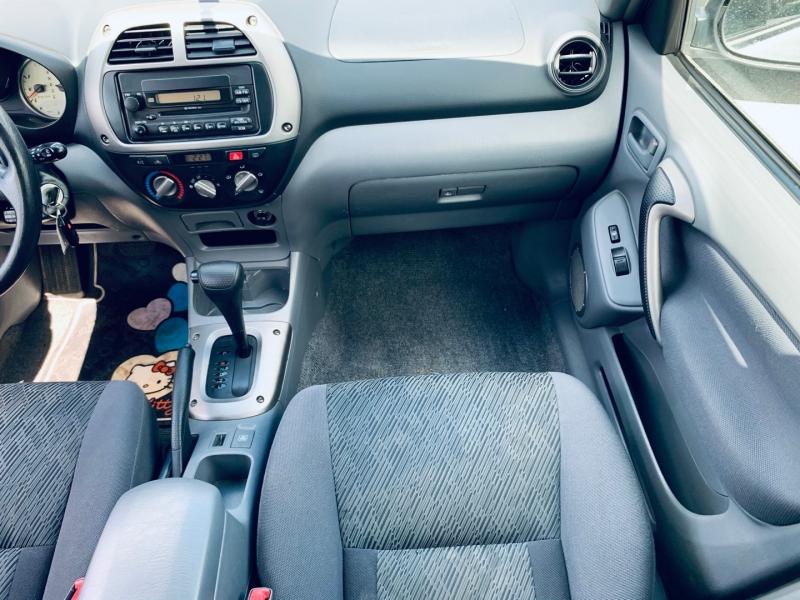 Toyota RAV4 2002 price $5,900