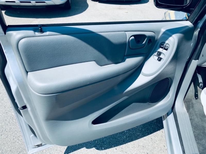 Dodge Caravan 2007 price $3,900