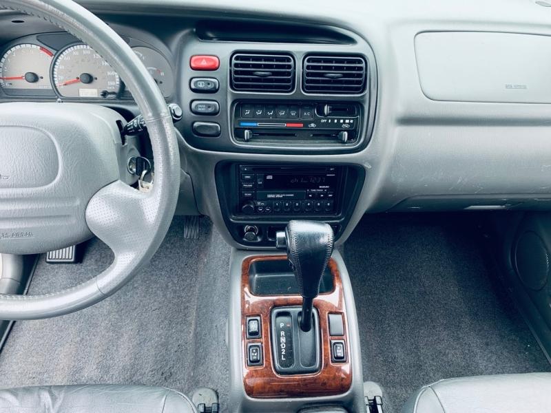 Suzuki Grand Vitara 2002 price $5,900