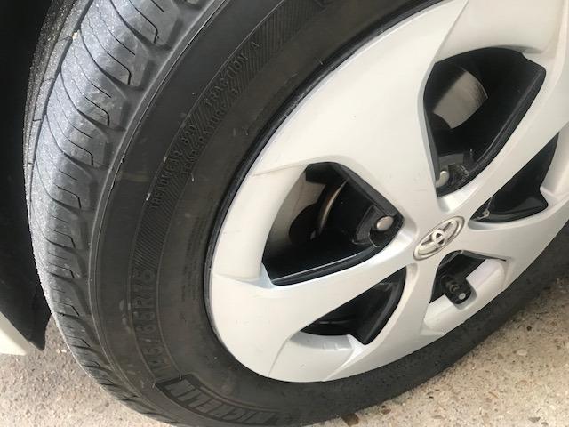 Toyota Prius 2012 price $7,899
