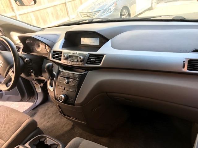 Honda Odyssey 2011 price $8,899