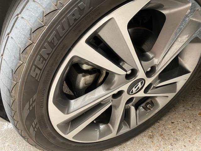 Hyundai Elantra 2017 price $10,499