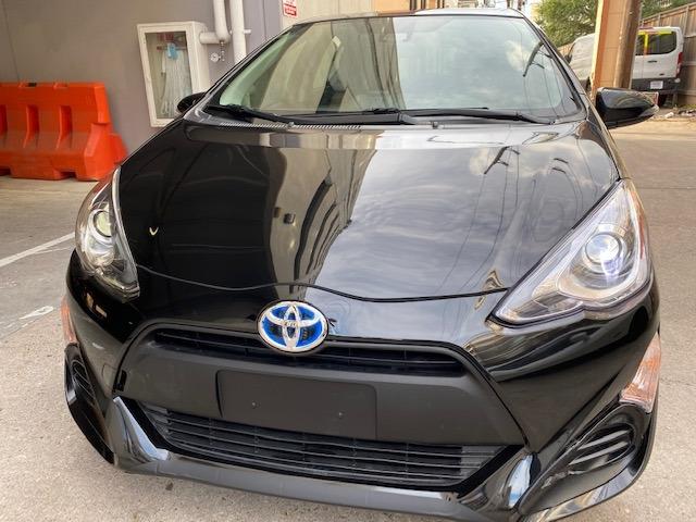 Toyota Prius c 2017 price $10,799