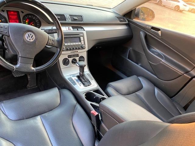 Volkswagen Passat 2009 price $4,699