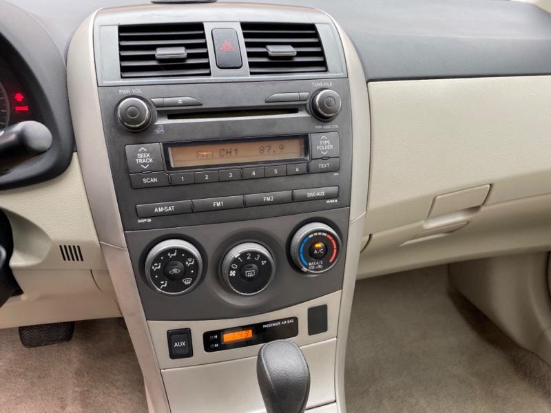 Toyota Corolla 2011 price $6,899