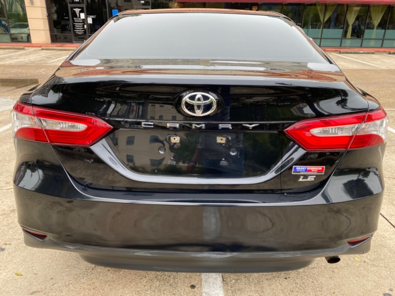 Toyota Camry 2018 price $14,999