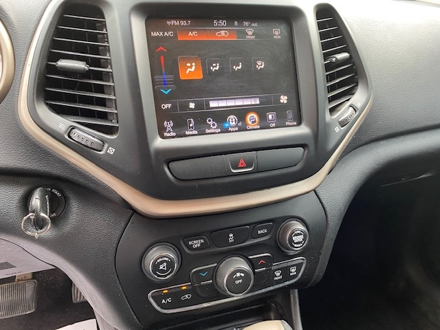 Jeep Cherokee 2016 price $14,599
