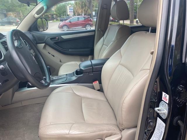 Toyota 4Runner 2004 price $7,899
