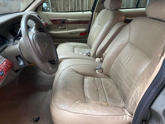 Mercury Grand Marquis 2000 price $3,999