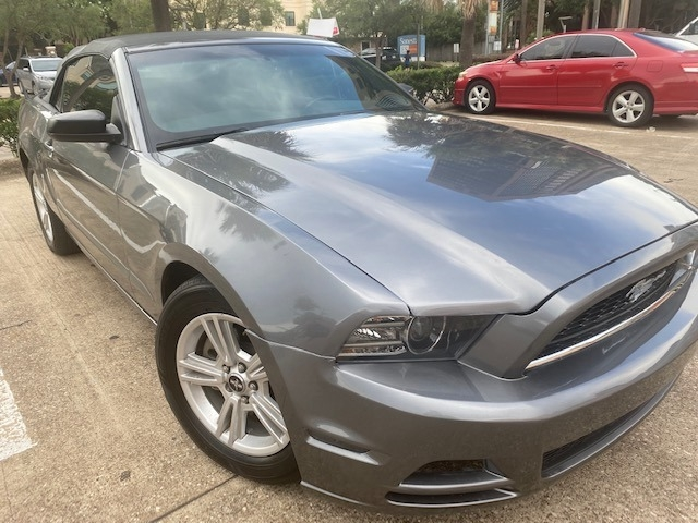 Ford Mustang 2014 price $13,999