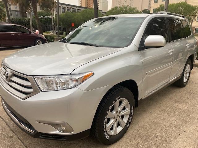 Toyota Highlander 2013 price $14,799