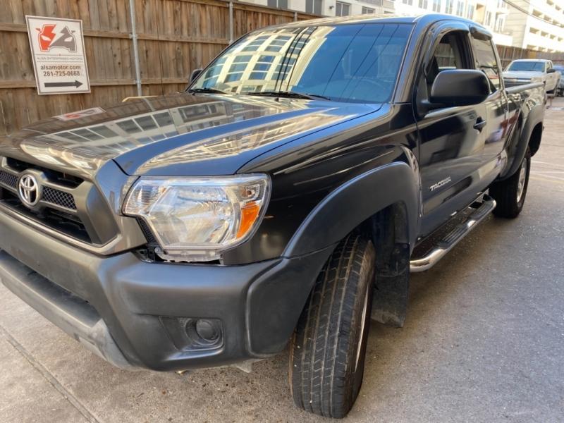Toyota Tacoma 2014 price $17,999