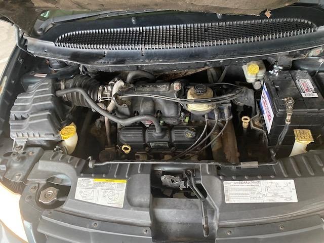 Chrysler Town & Country SWB 2006 price $4,999
