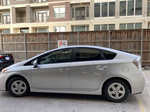 Toyota Prius 2011 price $6,499