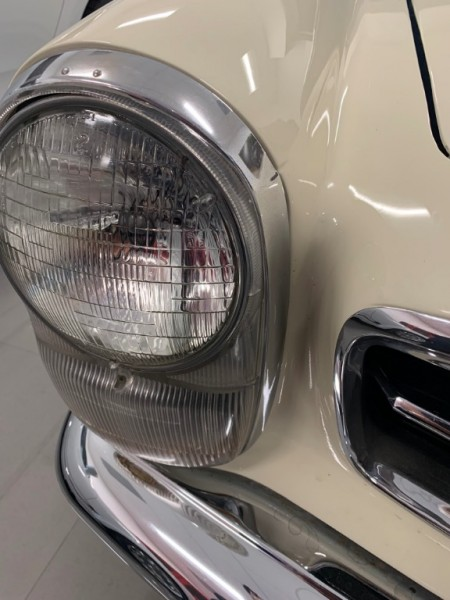 Mercedes-Benz SL-Class 1969 price $105,727