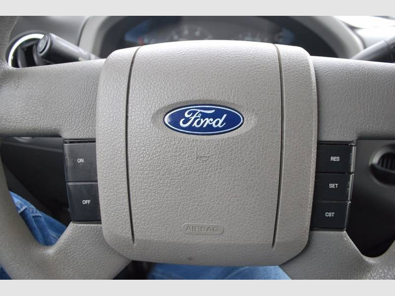 Ford F-150 2004 price $9,995