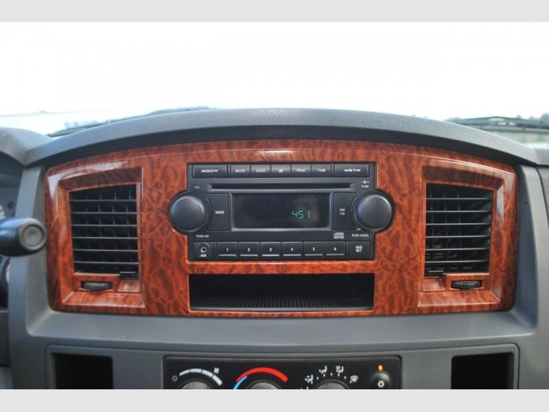Dodge Ram Pickup 2500 2006 price $16,995