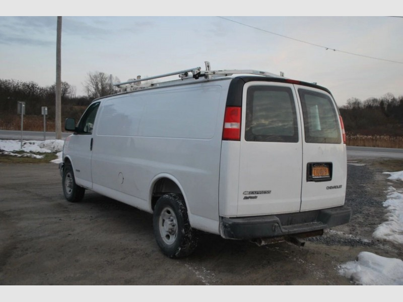 Chevrolet Express Cargo 2006 price $9,995