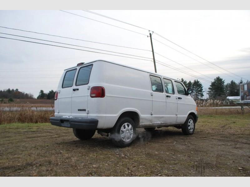 Dodge Ram Cargo 2003 price $6,995