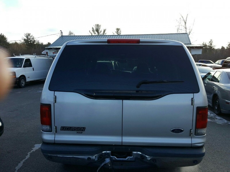 Ford Excursion 2002 price $10,995