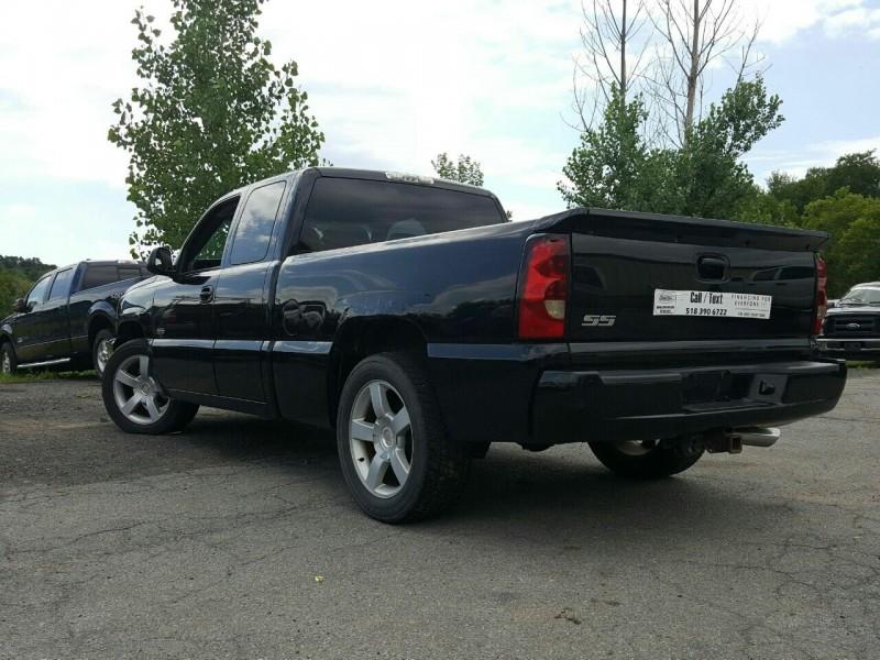 Chevrolet Silverado 1500 SS 2004 price $11,995