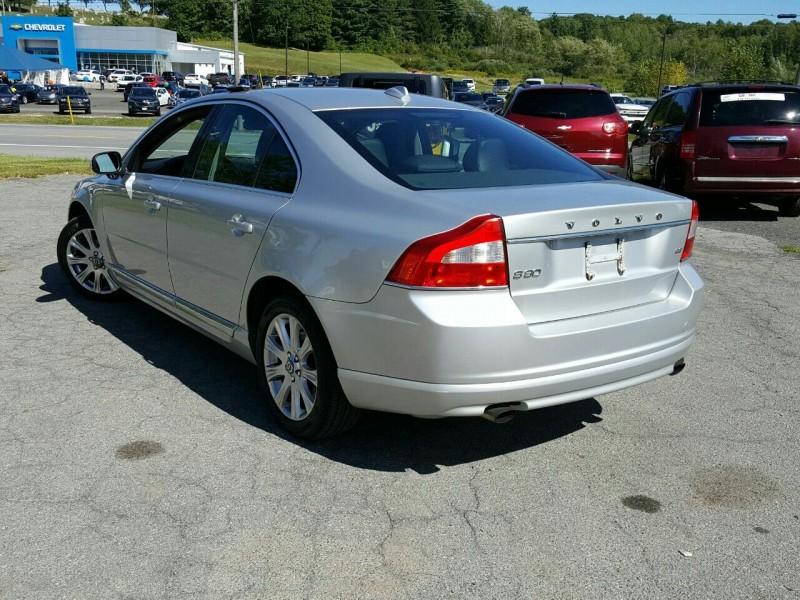 Volvo S80 2010 price $6,495